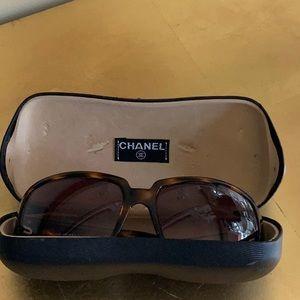 Authentic Chanel Sunglasses 🕶